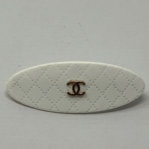 Chanel Barrette!